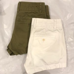 Lots of 2 J CREW shorts white and olive 00